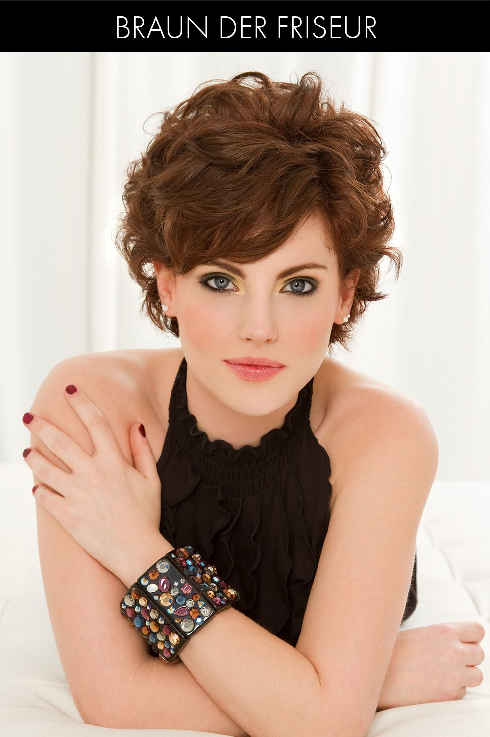 S Of Short Hairstyles Find A New Short Haircut Today - Short hairstyle with beachy waves