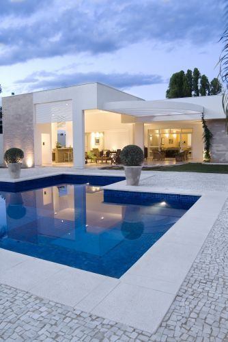 Veja Op Es De Revestimento Para O Piso Em Torno Da Piscina Architecture Swimming Pools And House