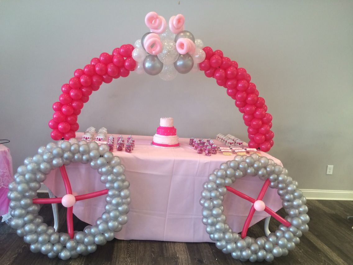 Balloon Princess Carriage Arch | Briseis - First Birthday ...