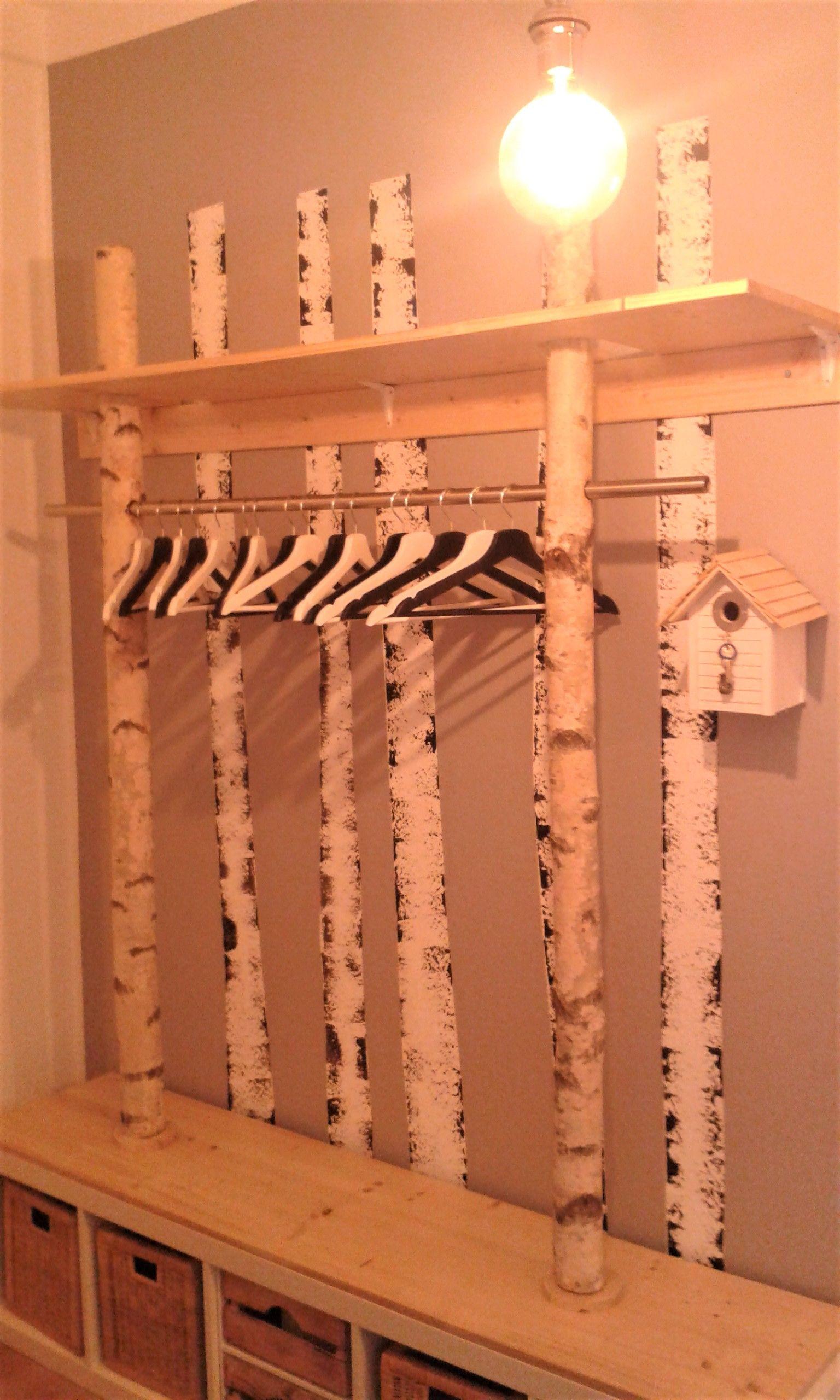 Eine Garderobe aus Birke in 2020   Garderobe selber bauen ...