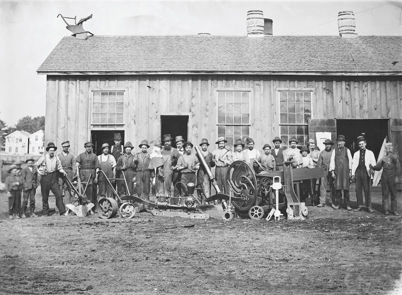 Workers in Kohler's Sheboygan Union Iron and Steel Foundry