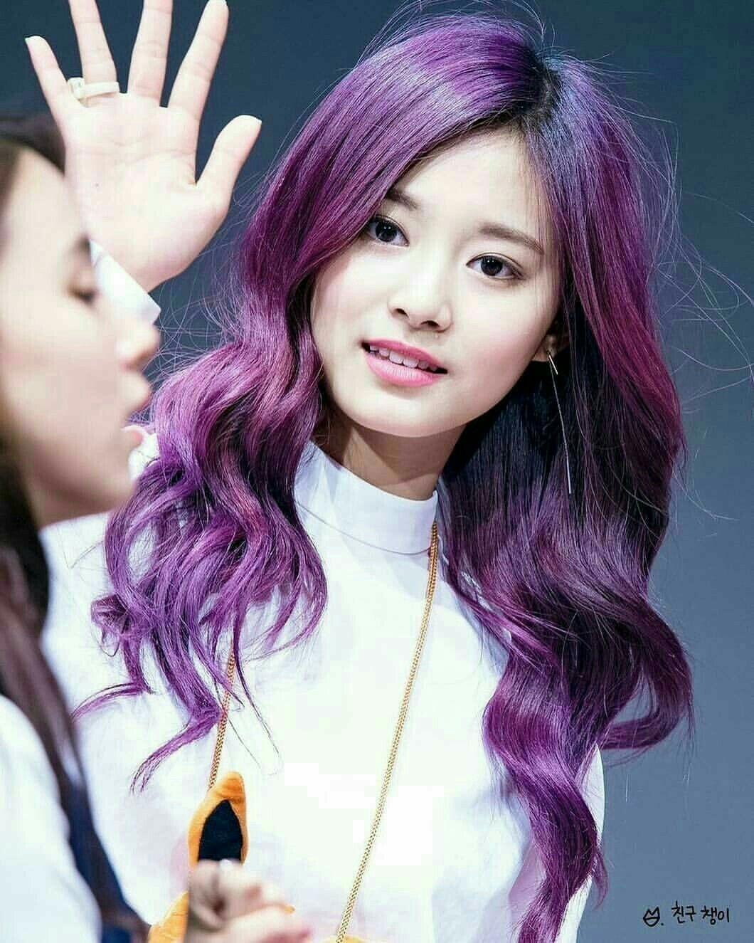 Pin By Cheyenne On Coisas Aleatorias Que Eu Vi E Gostei Kpop Hair Color Purple Hair Korean Hair Color