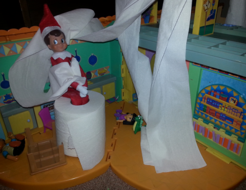 Easy Elf On The Shelf Tping The House Elf Idea U0026 134 Other Easy Elf On