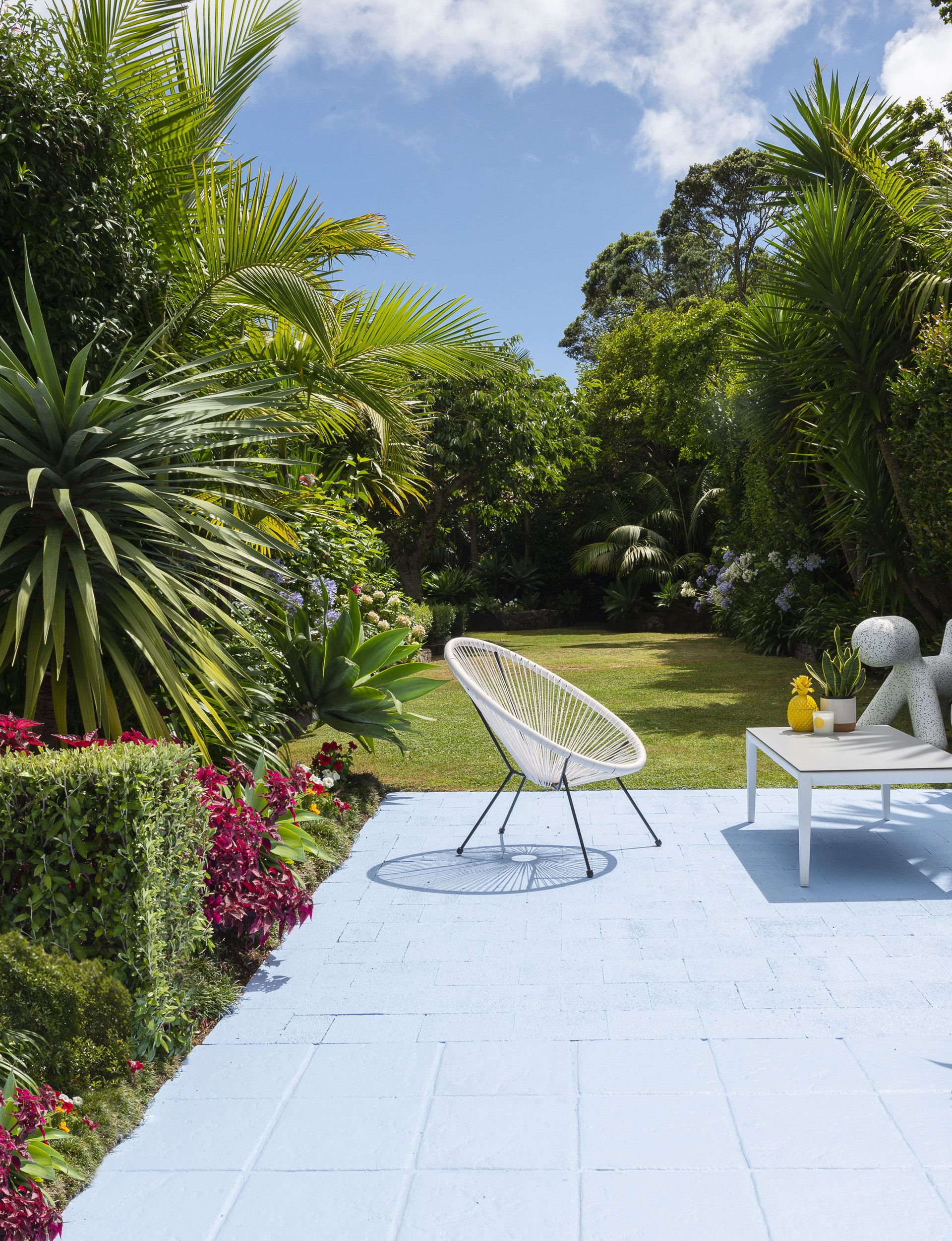 This Art Deco home in Mt Eden is filled with colour and ... on Outdoor Living Erina id=25213