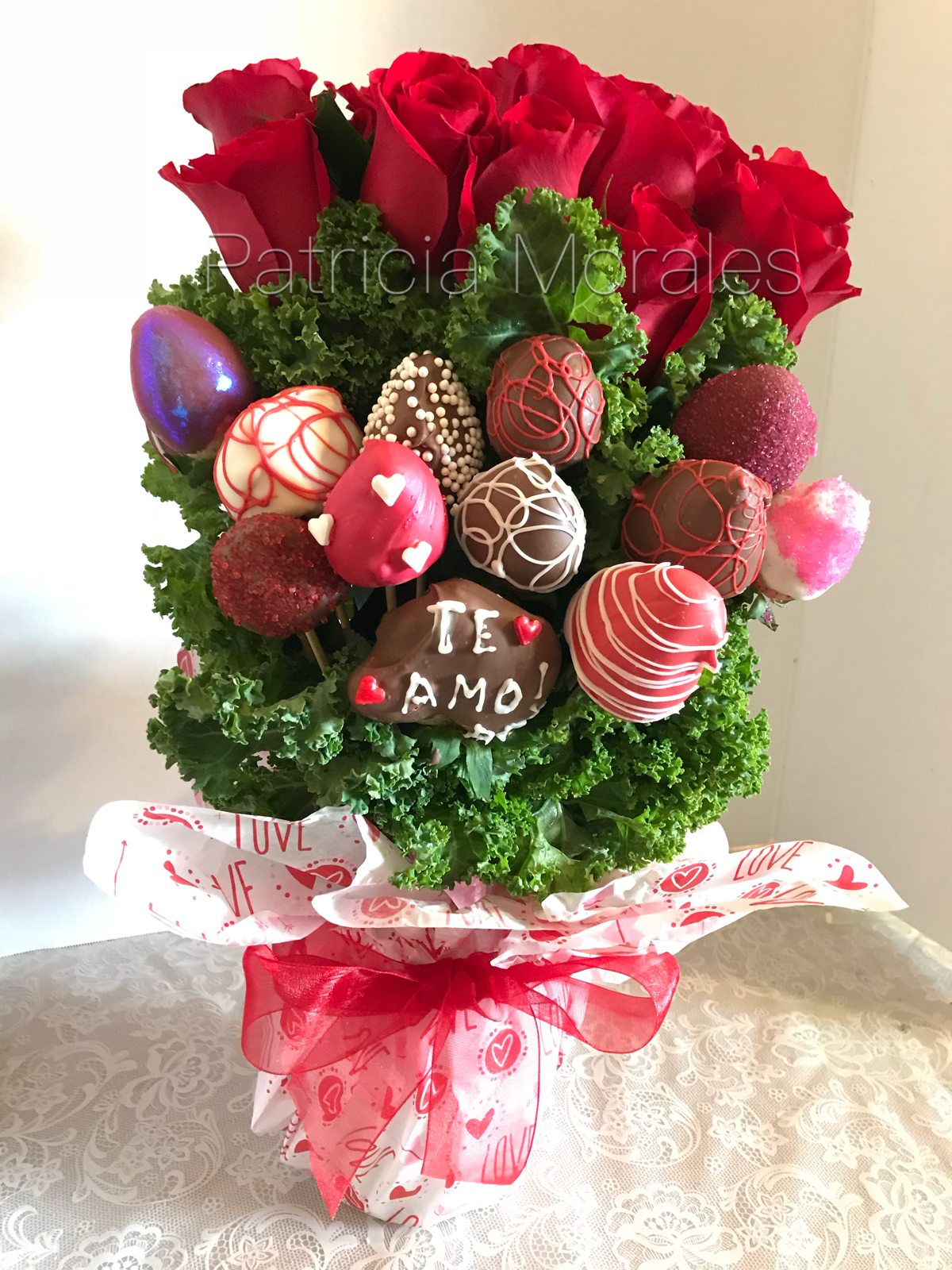 Covered Strawberries And Natural Roses Strawberries Bouquet