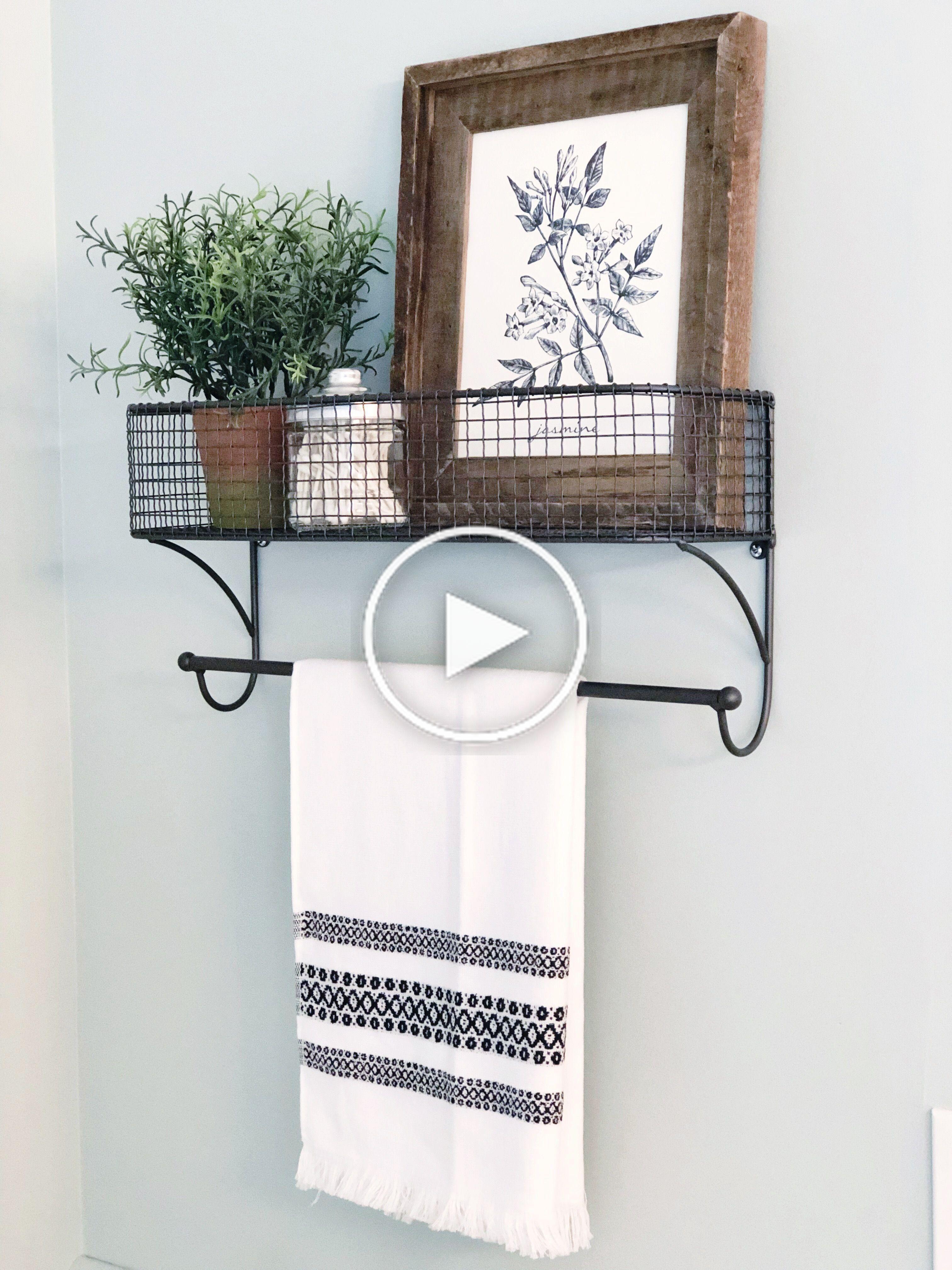 Bauernhausbadezimmer Badezimmerideen In 2020 Handtuchhalter Wand Bauernhaus Badezimmer Badezimmer Wand