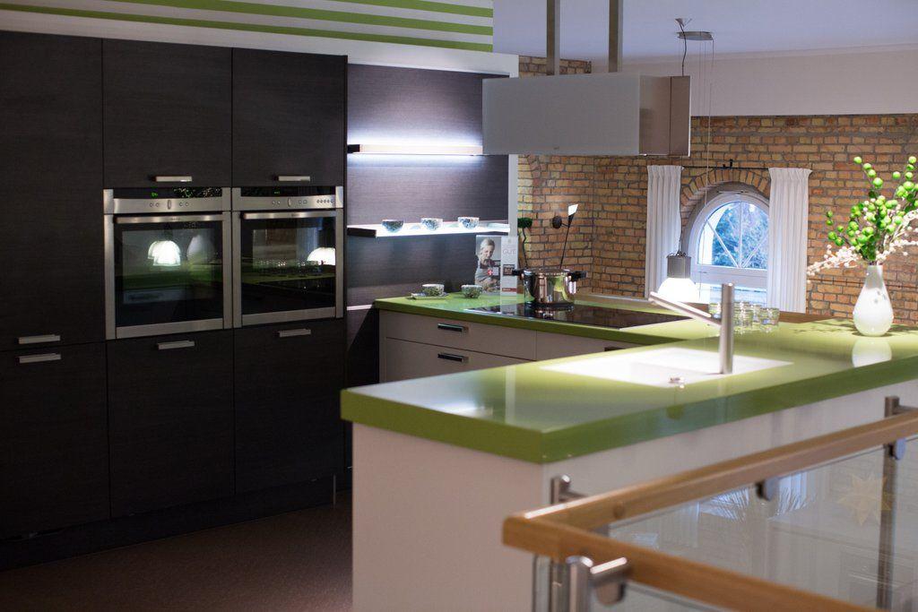 Blick in das Küchenstudio von Mauermann Küchen.   Impressionen aus ...