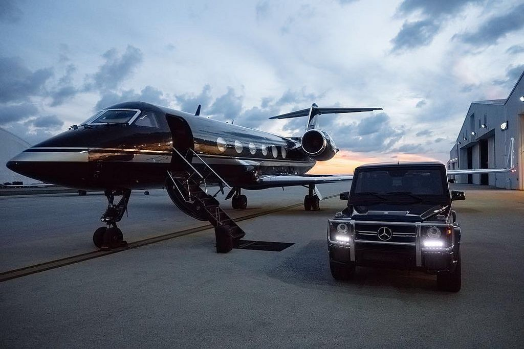 Blacked out. #mphclub #g63 #amg   Private jet interior, Luxury private jets,  Luxury jets