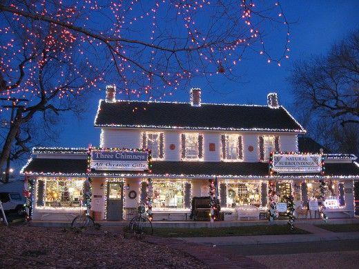 b0134a903bbec71d2c32e2e53ad91fa7 - Denver Botanic Gardens Christmas Lights Chatfield