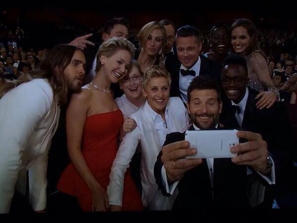 La Otra imagen de la Foto mas famosa de las Redes Sociales #Oscars2014