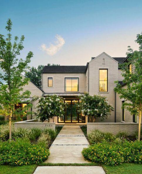 40 Best Modern Farmhouse Exterior Design Ideas Modern Farmhouse Exterior Farmhouse Exterior House Exterior