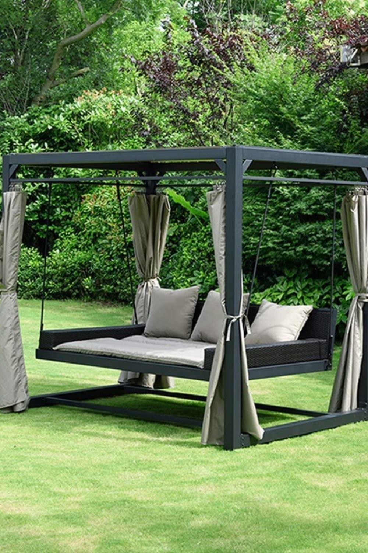 Sonnenliege Pavillon Schwebendes Rattanbett Inkl Schliessbare Vorhange Hinterhof Terrassen Designs Garten Landschaftsdesign Garten Pavillon