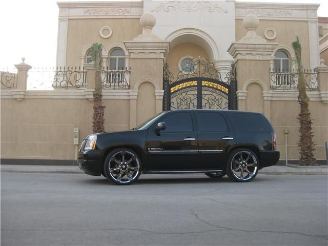 Gmc Denali With Rims 2007 Gmc Yukon Denali My Car On 26 Davinci Rims R Yadh Owned By Yukon Denali Gmc Yukon Denali Gmc Yukon