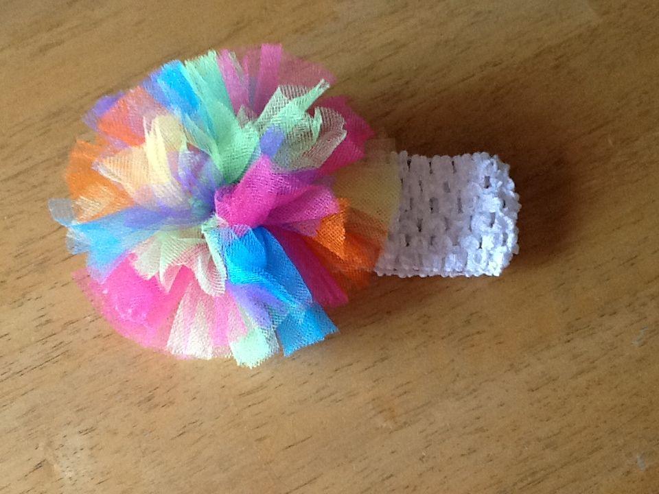 die besten 25 t ll stirnband ideen auf pinterest rosa haarschleifen fliegen und diy bogen. Black Bedroom Furniture Sets. Home Design Ideas