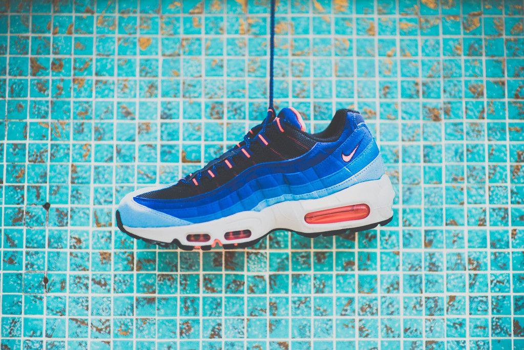 air max 95 blue pink