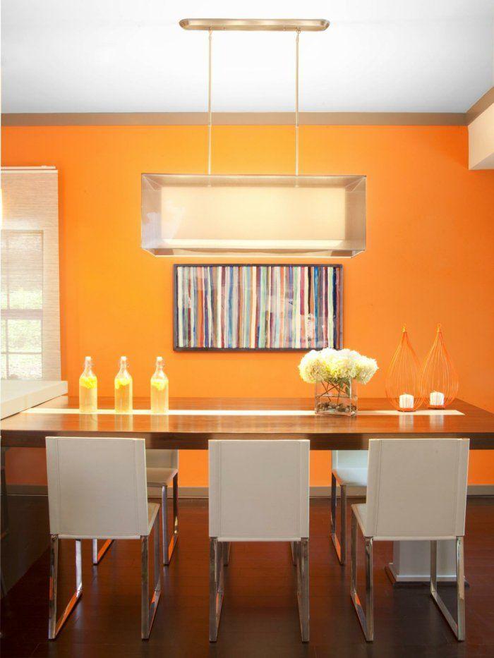 jolie peinture salle manger orange chaises blanches table en bois luminaire moderne une dco joyeuse pour votre salle manger