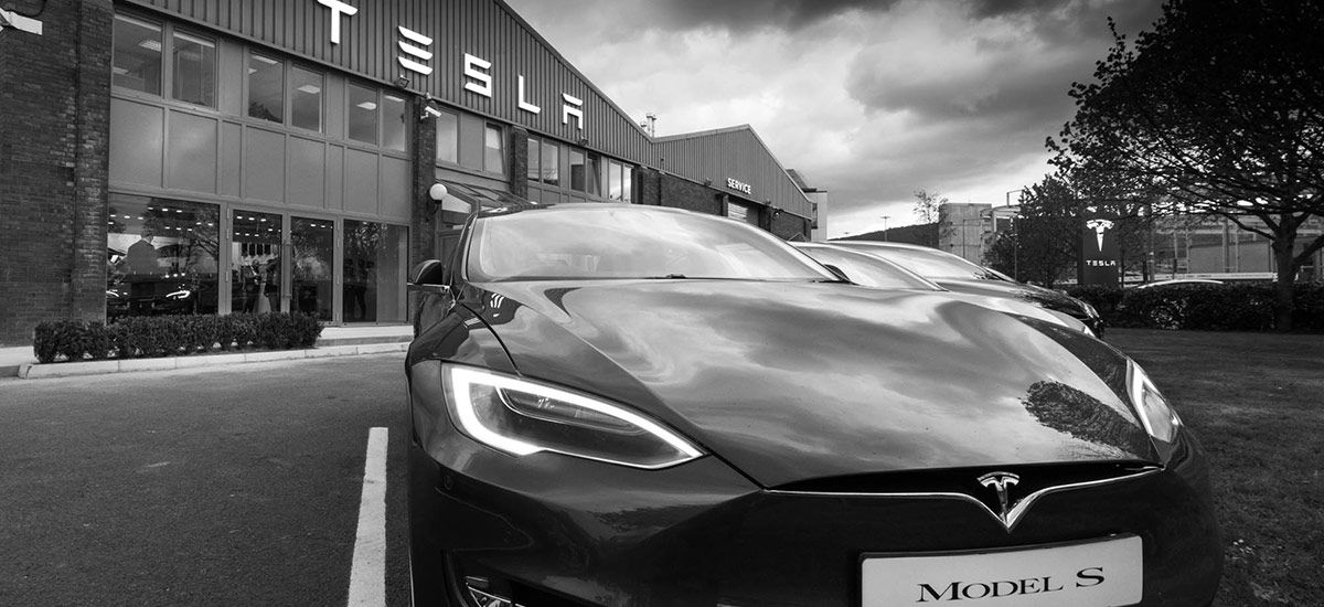 Tesla will give full refund if car not delivered in 2018