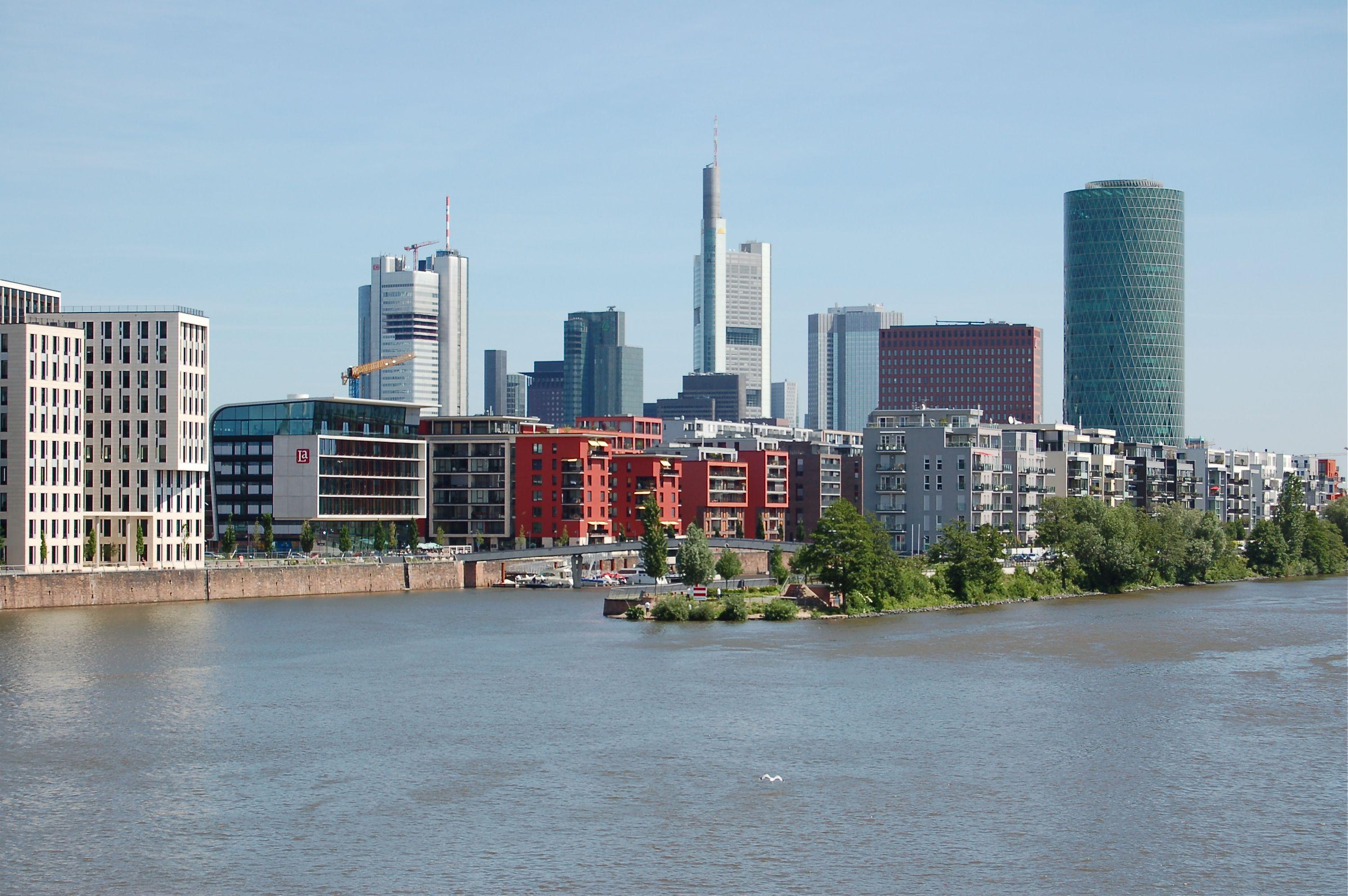 Westhafen Frankfurt Gesehen Von Der Main Neckar Brucke Hafen Maine Frankfurt