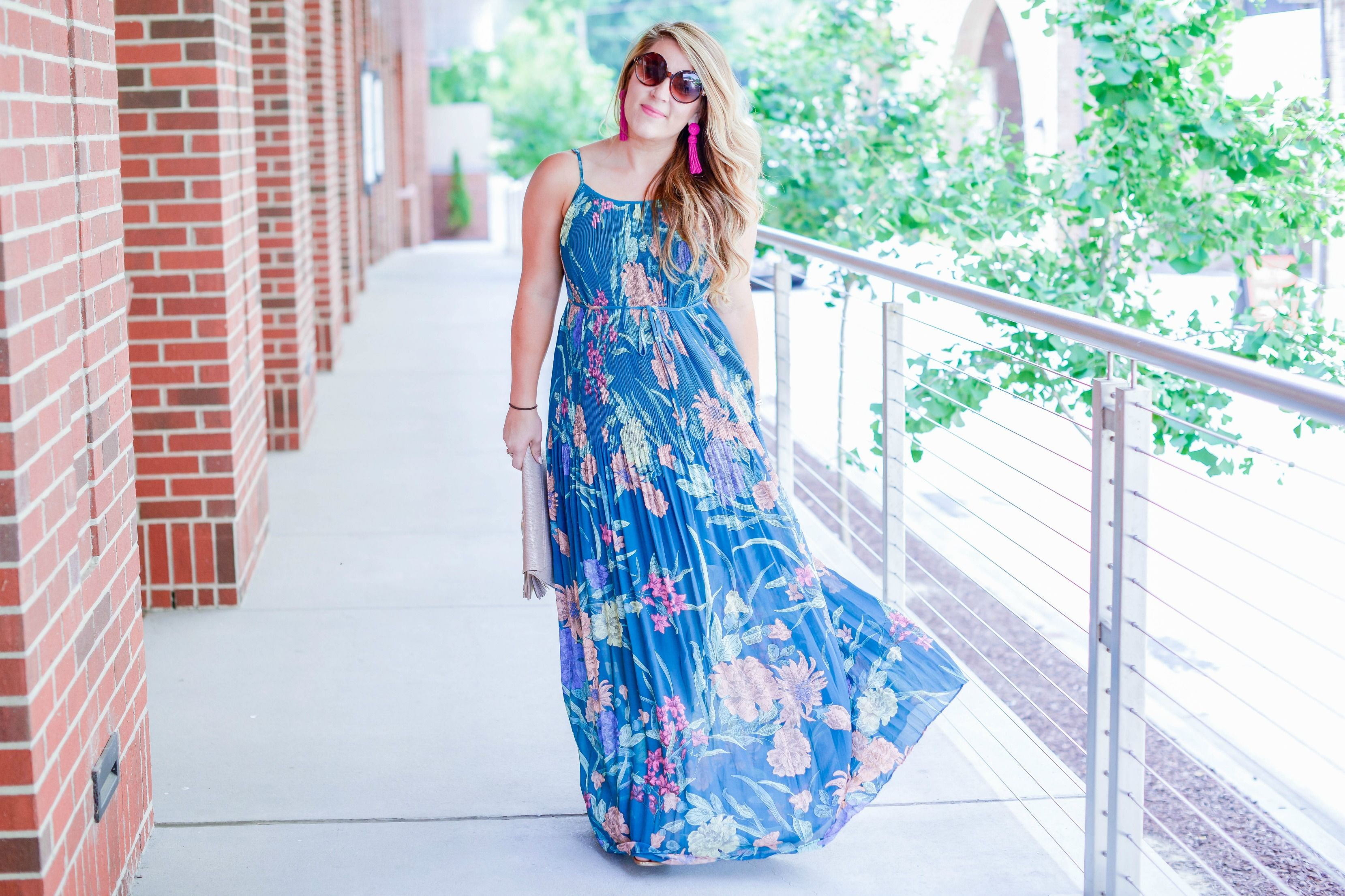 How to wear a maxi dress bobby maxi dresses and amy