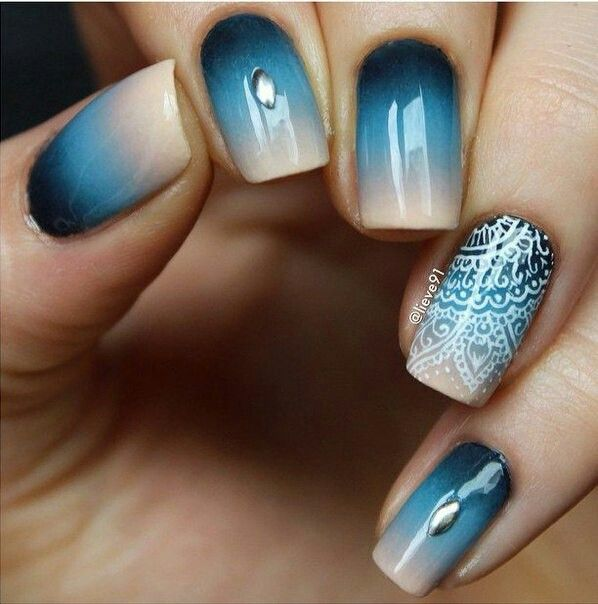200 Adorable & Trendy Nail Art Designs, love the accent nail, Mandala /  henna inspired nail art design - Beautiful Cool Nail Designs Pinterest Make Up, Nail Nail And