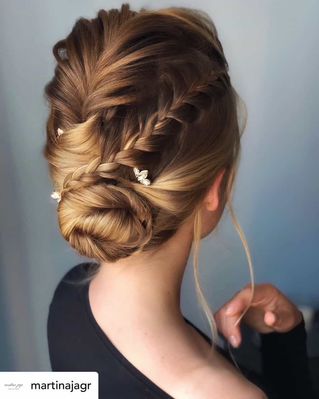 15 Incredibly Cute New Year S Eve Hairstyles 2020 Tutorials Included In 2020 Braided Hairstyles Prom Hair Updo Hair Styles