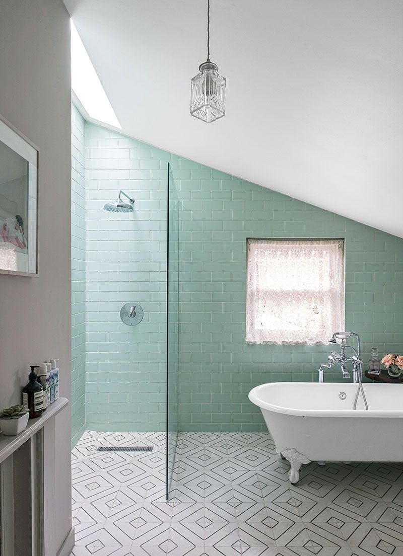 Elegantnaya Sovremennaya Klassika V Prohladnyh Tonah V Londone Foto Idei Dizajn Amazing Bathrooms Bathroom Remodel Cost Tile Bathroom