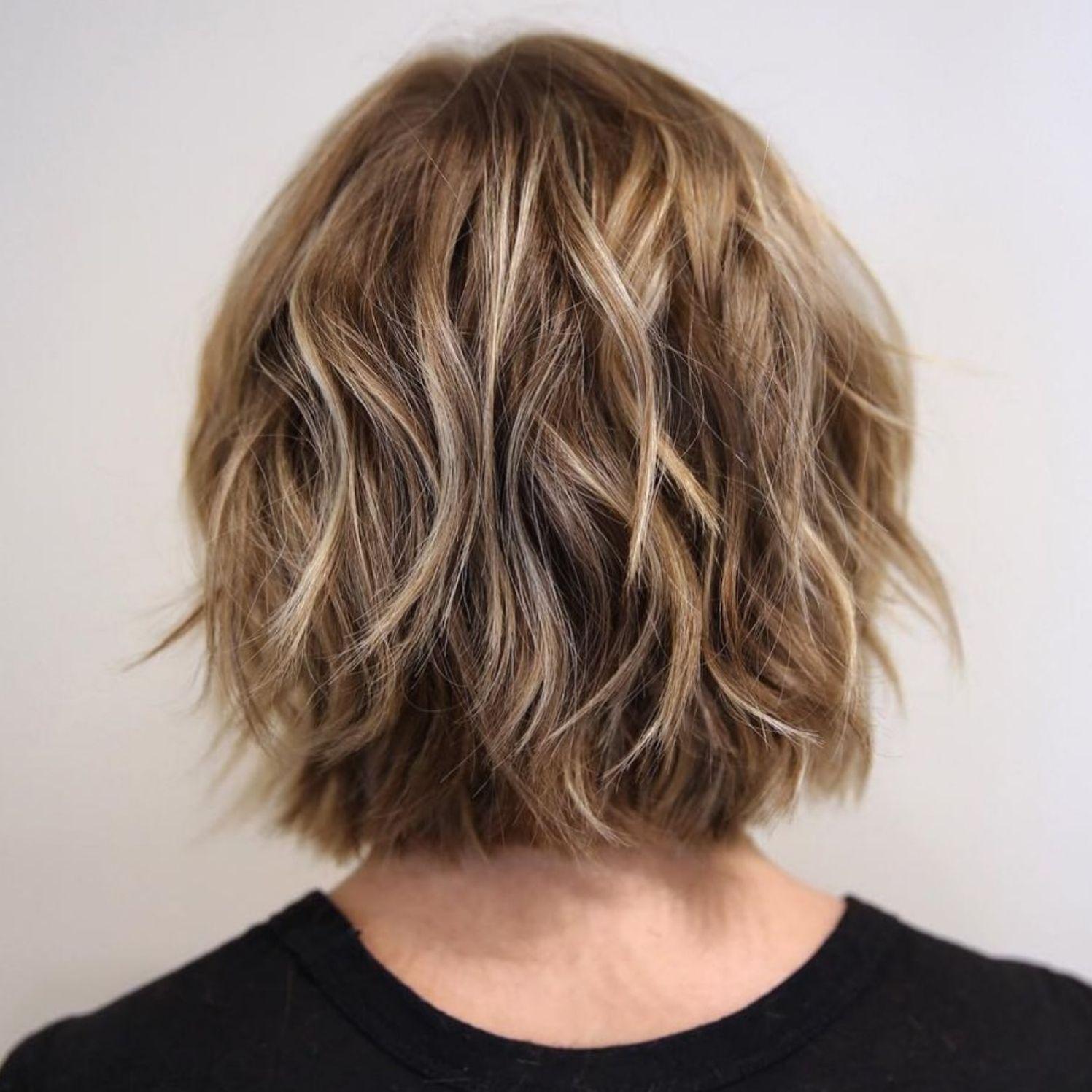 9 Beautiful and Convenient Medium Bob Hairstyles in 9  Bob