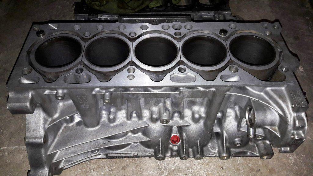 Engine cylinder block 2 4 diesel d5 d5244t15 t15 volvo xc90