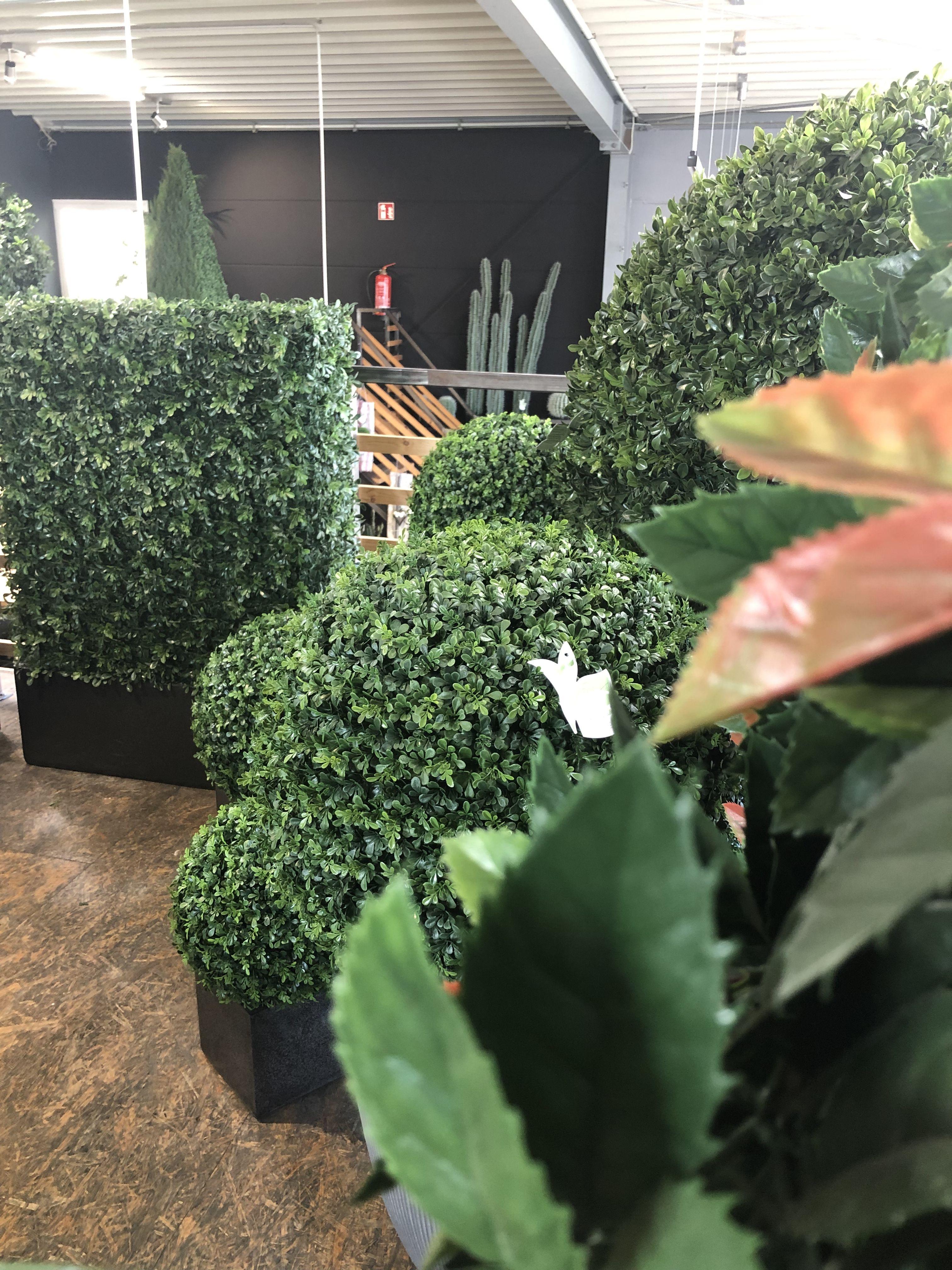 wetterfeste künstliche buchspflanze hecke gartenideen