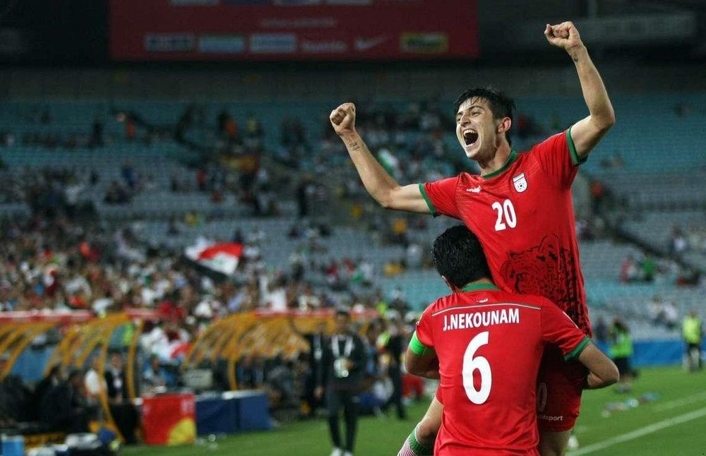 Scoring A Hat Trick For Team Melli Has A Special Feeling Says Azmoun R Soccer Soccer Basketball Players Teams