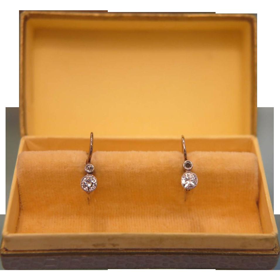 Pair of Diamond earrings set in 14k yellow gold, ca.1922