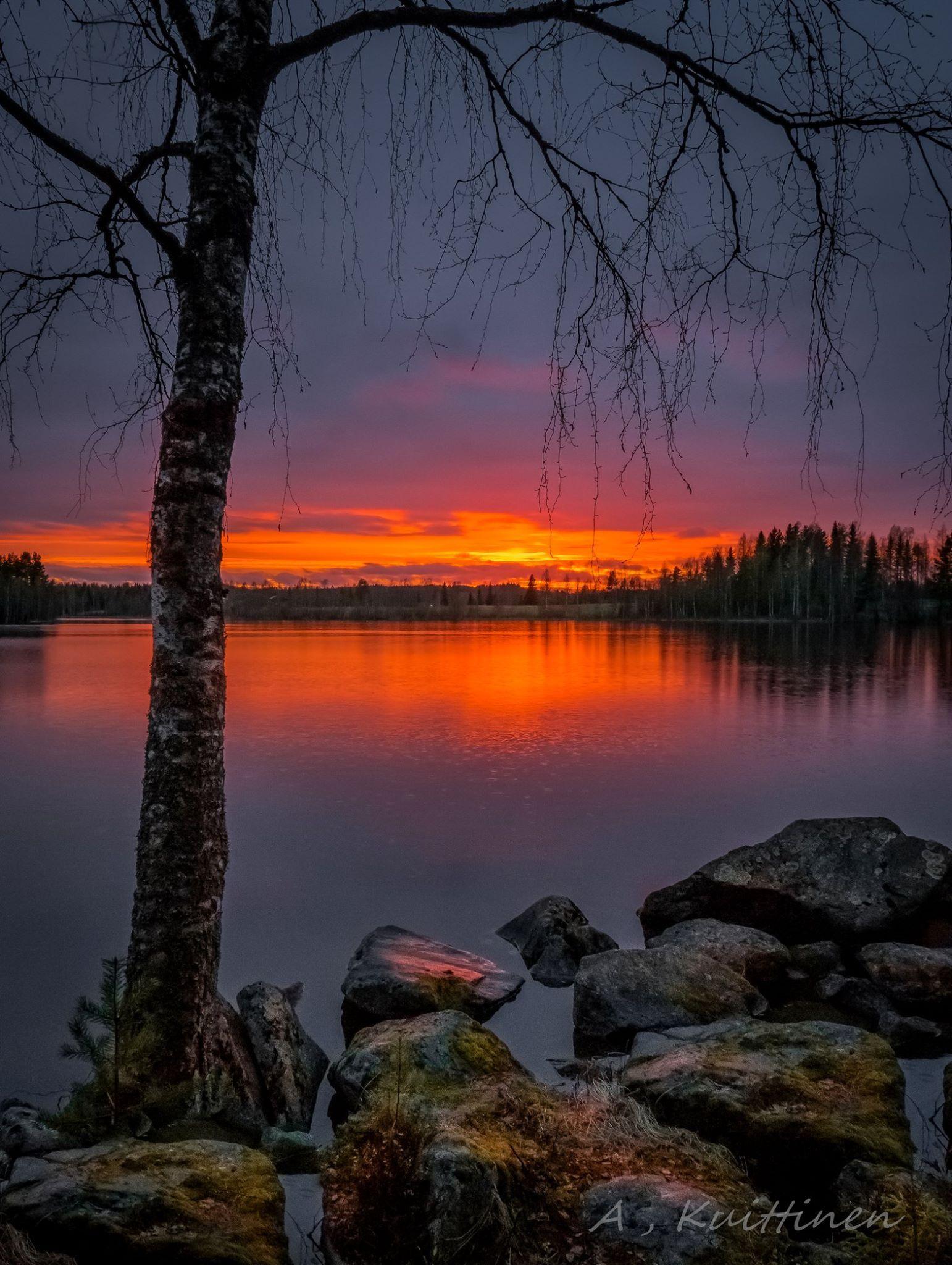 An autumn midnight  Asko Kuittinen  Suomalainen maisema