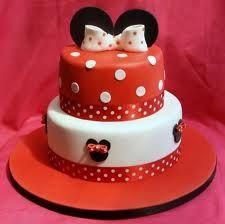 minnie mouse cake -