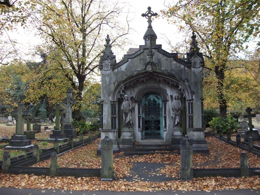 Mausoleum & Mausoleum | Cemeteries | Pinterest | Cemetery Pezcame.Com