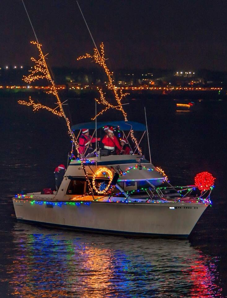 The Waterfront In Old Town Alexandria Is Perfect Place To View Some Of Best Events Featured One Here Holiday Boat Parade Lights Show