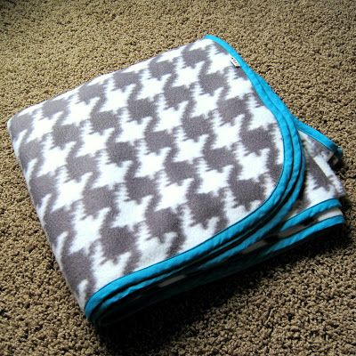 Days Like This: Houndstooth Blanket
