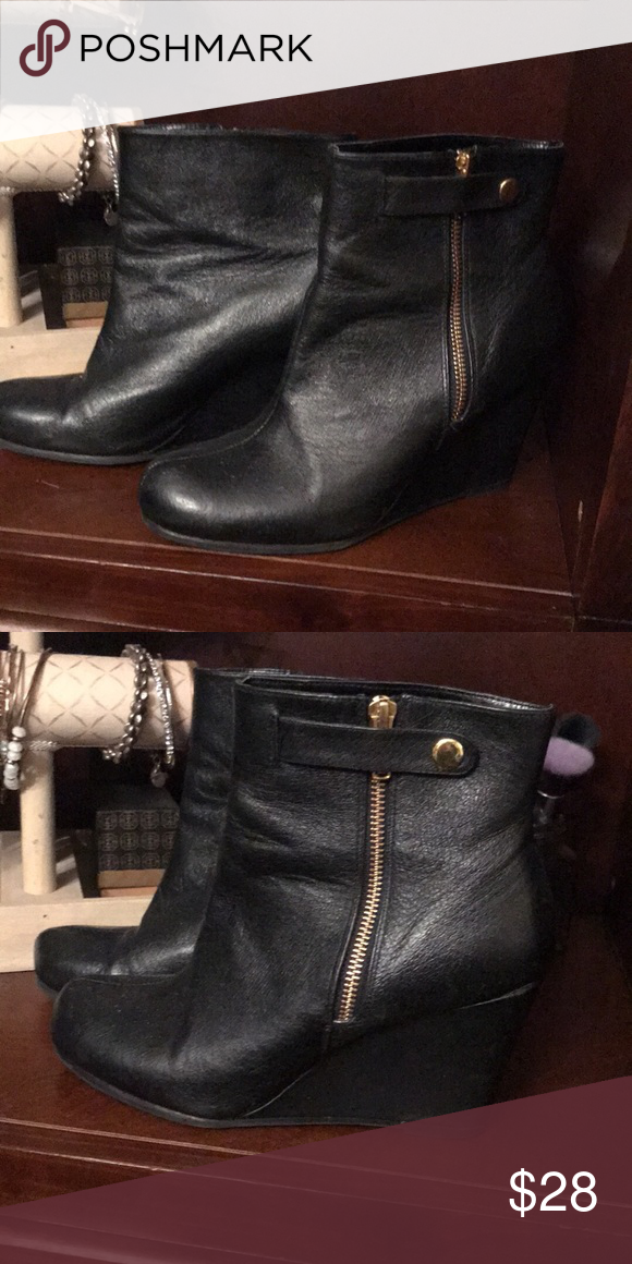 dc7c4cd87ec STYLISH   SEXY Chinese Laundry Wedge Boots 👢 Great Condition! Black with  Gold Zipper and Snap Chinese Laundry Shoes Ankle Boots   Booties