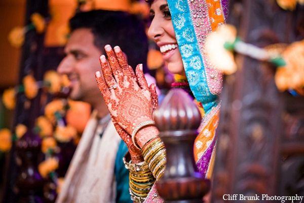 Mehndi Bridal Photoshoot : Pakistani wedding mehndi bride photography maharaniweddings