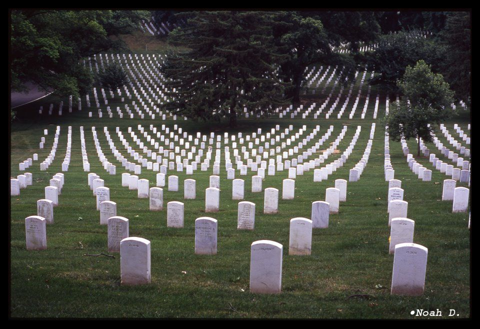 Arlington Cemetery The Most Sacred Place In America Is Filled With Men And Women Who Loved America And Payed The Sacred Places Places In America Memorial Day
