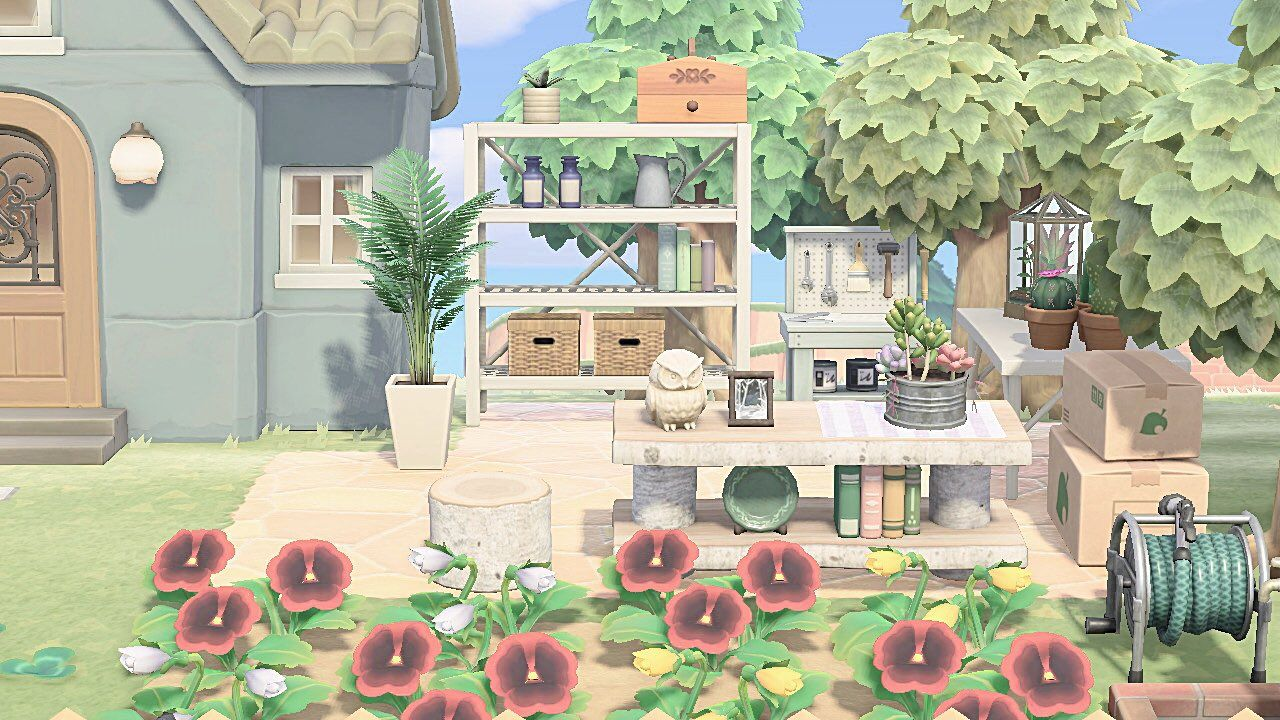 ばにら ココレカ島 On House Styles Animal Crossing Table