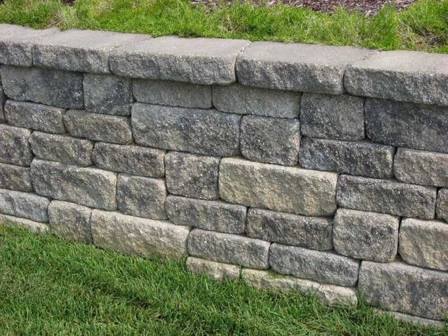 Versa Lok Weathered Mosaic Wall System In The Midwest Block Charcoal Color Blend Retaining Wall Landscaping Retaining Walls Retaining Wall Design