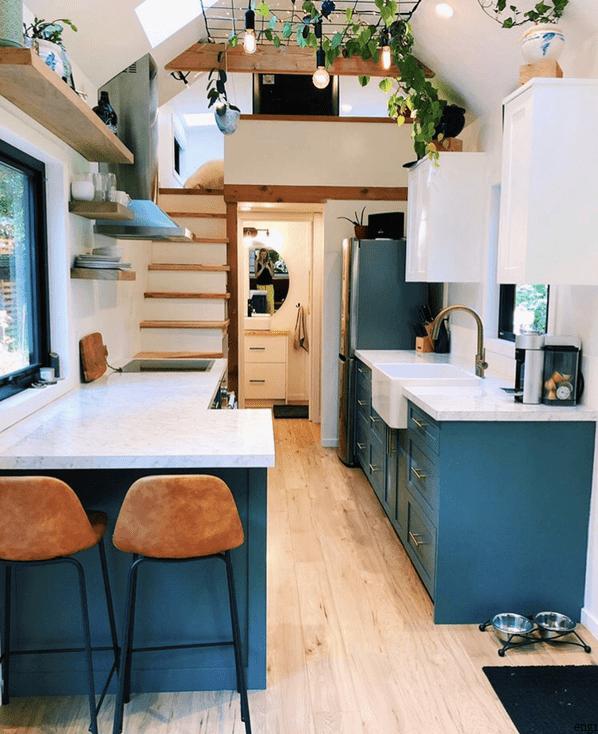 Photo of Foto med tillatelse fra Craig & Amys Instagram Tiny House Design Amys høflighet av Craig I …