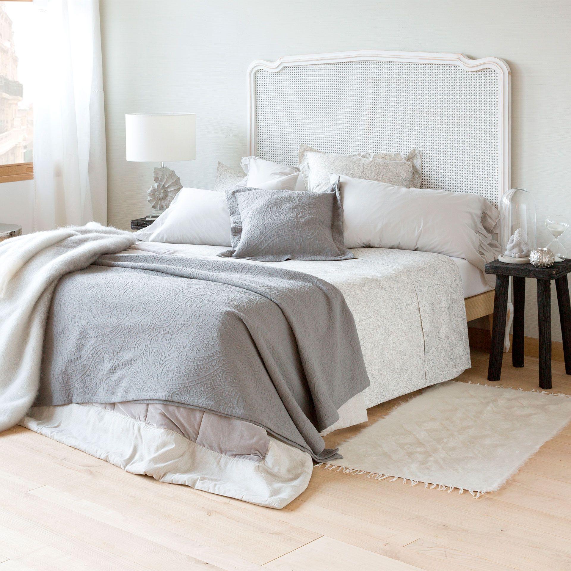 tagesdecke und kissenbezug aus baumwolljacquard mit paisleymuster tagesdecken schlafen. Black Bedroom Furniture Sets. Home Design Ideas