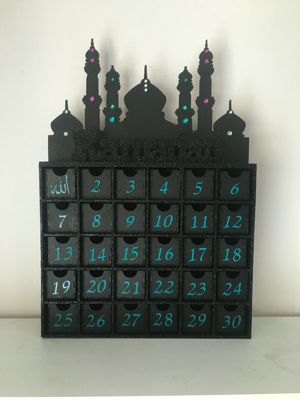 Diy Ramadan Calendar : Hand decorated wooden ramadan calendar eid