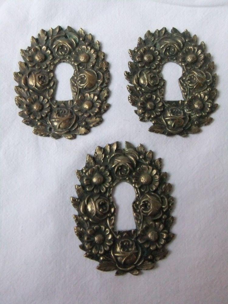 Ornements anciens bronze tiroirs serrure décor fleurs XIX ...