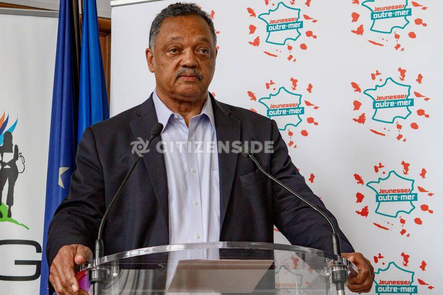 Paris : Le pasteur américain Jesse Jackson en voyage en France - A la une - via Citizenside France. Copyright : Christophe BONNET - Agence73Bis