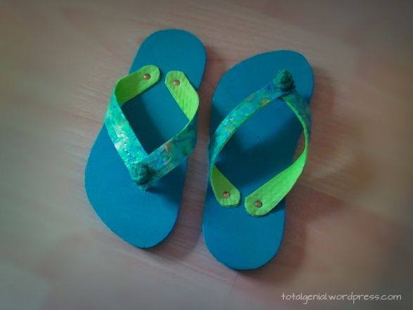 flip flops aus allerlei wertstoff abf llen sandals. Black Bedroom Furniture Sets. Home Design Ideas