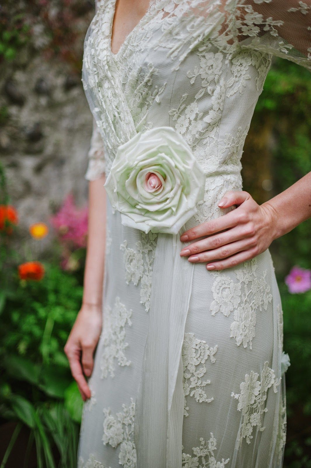 Joanne fleming design ulangtryuafoam french lace and silk