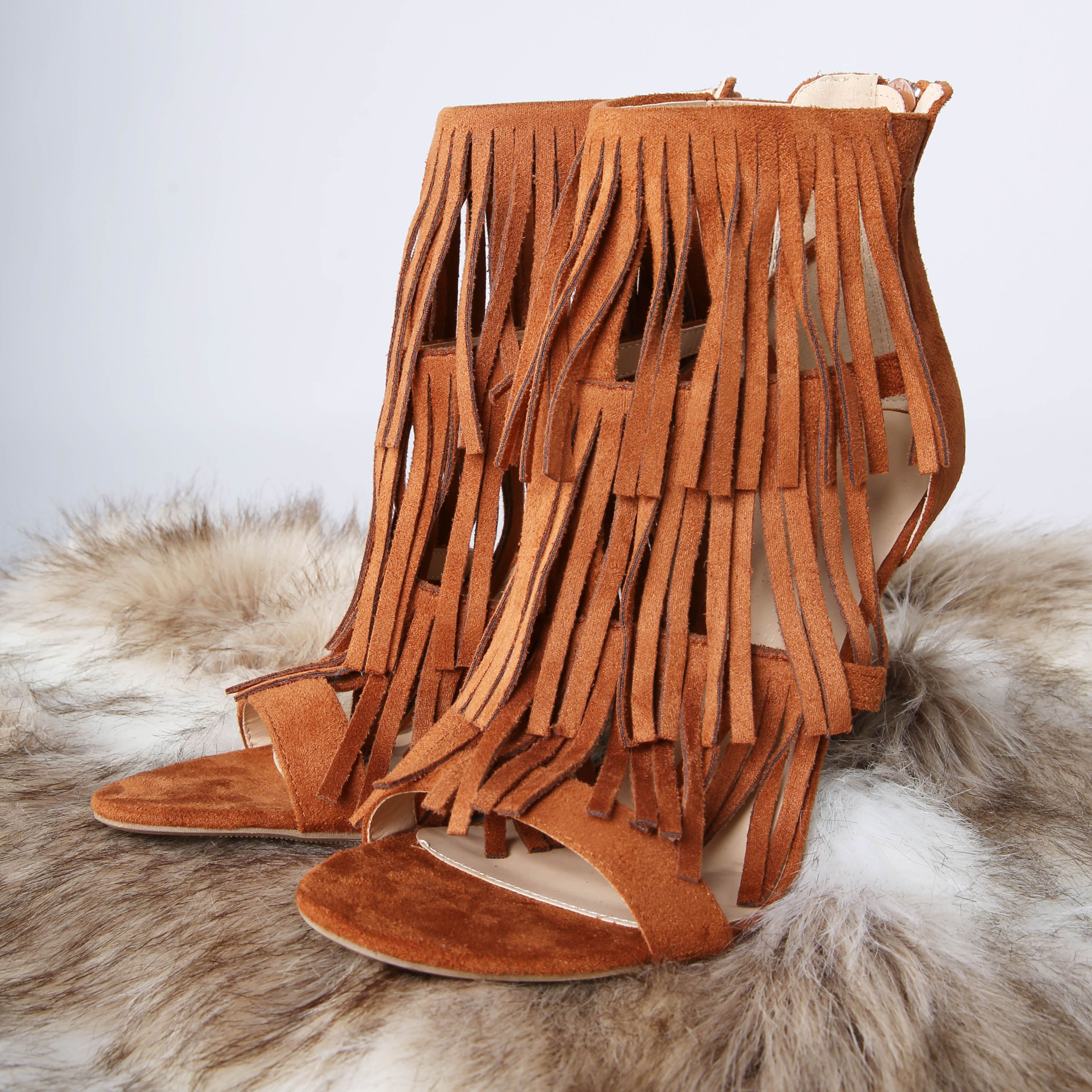 Fringe shoes are this season's hottest trend! #trendy