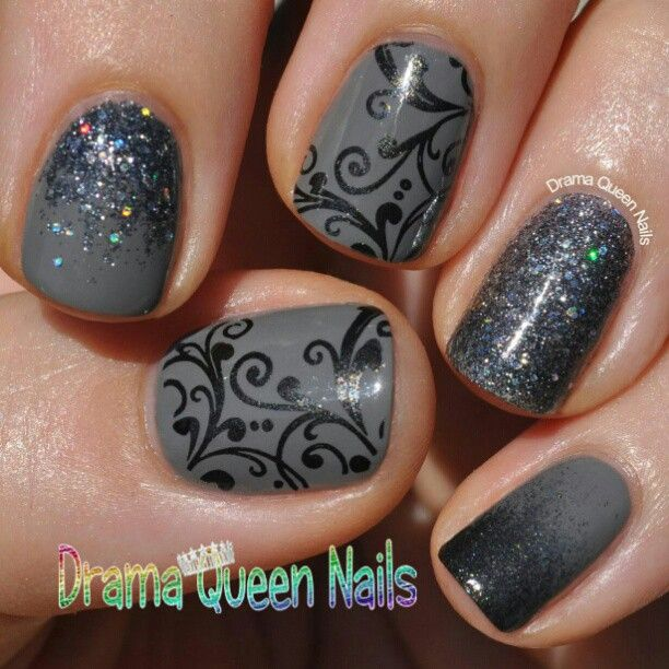 Gray glitter/design nails
